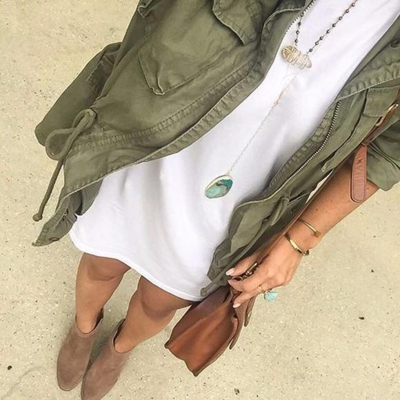 Dresses & Skirts - ROBBIE Comfy t-shirt Dress - WHITE